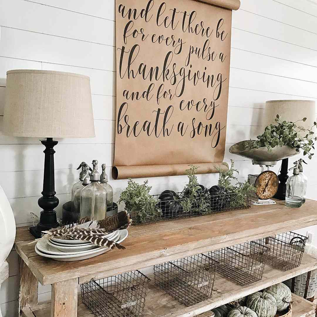 Calligraphy thanksgiving sign