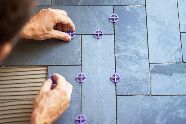 Tile mastic