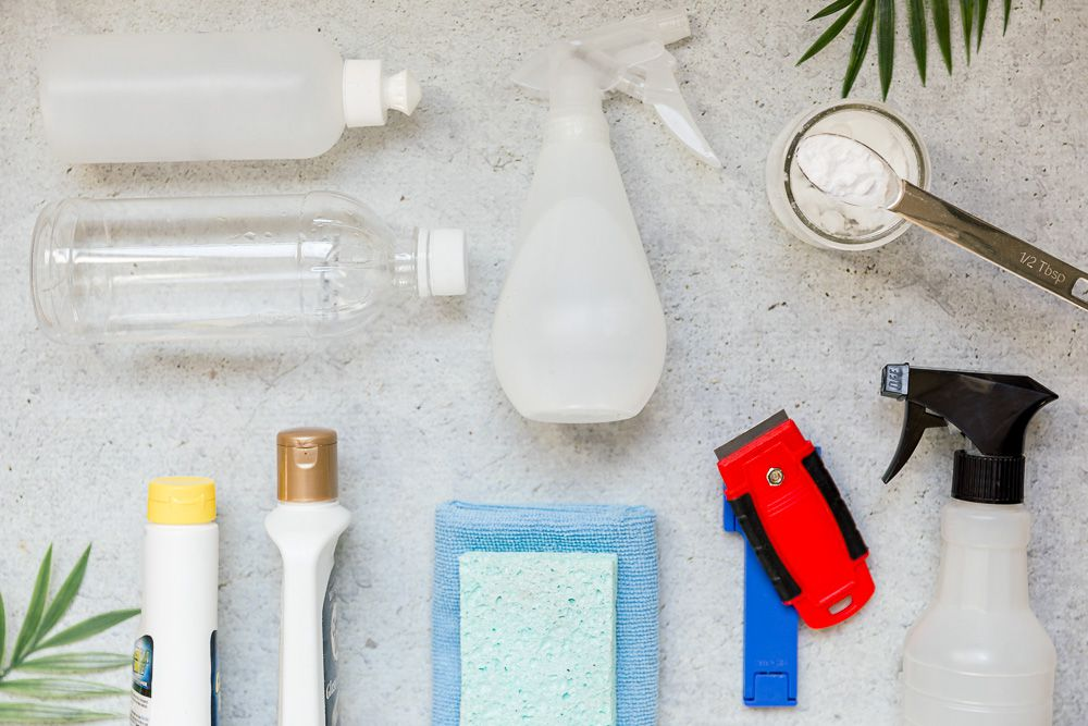 materials for cleaning a glass cooktop