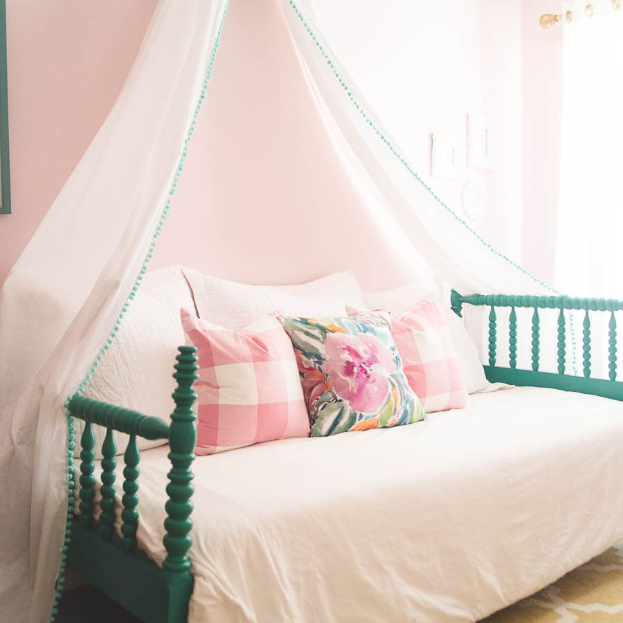 21 Great Ideas For A Canopy Bed In Girl S Room